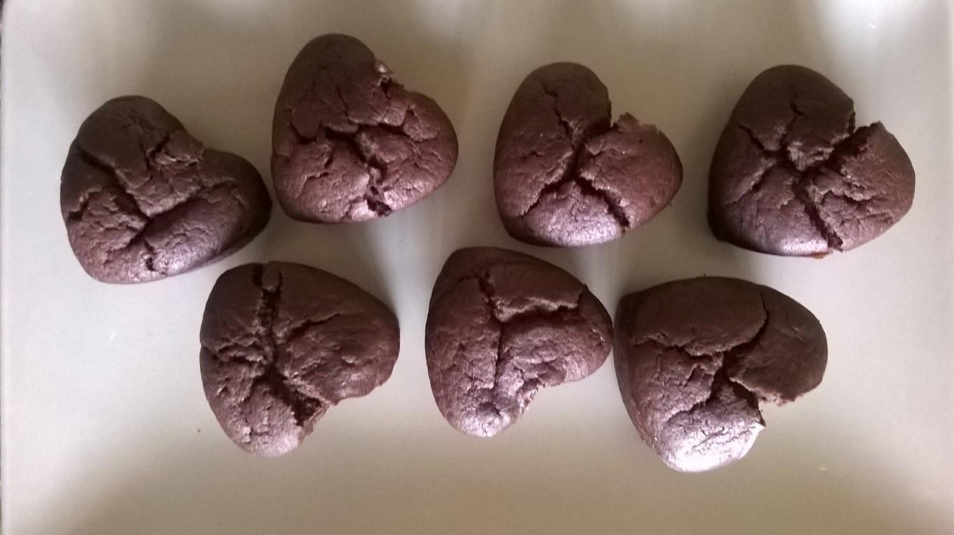 Cuori al cacao e albicocca